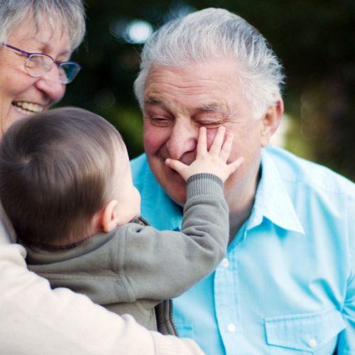 Abuelos y abuelas de niños/as con necesidades especiales